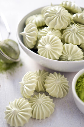 Vegan Matcha Meringue Recipe
