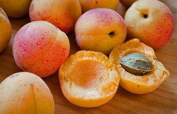 nr-apricot-flavor.jpg