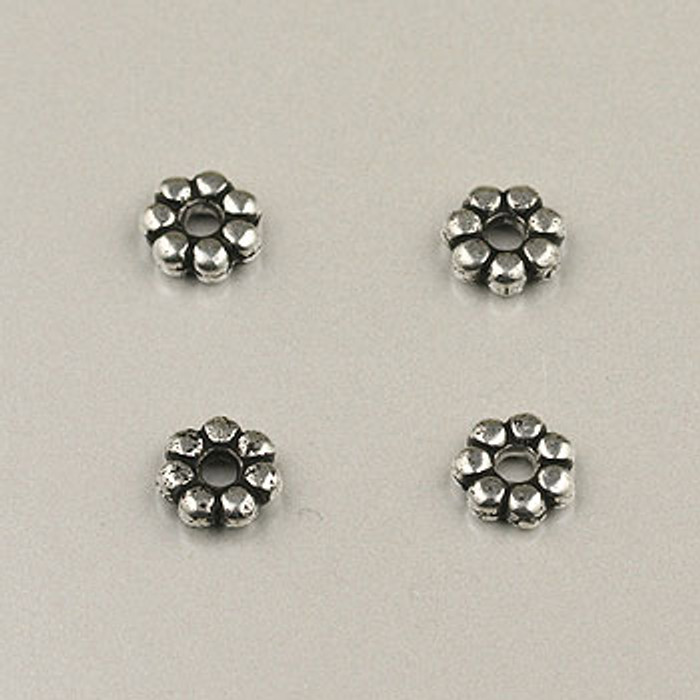 SP0009 - 6mm Daisy Silver Plate (pkg of 100)