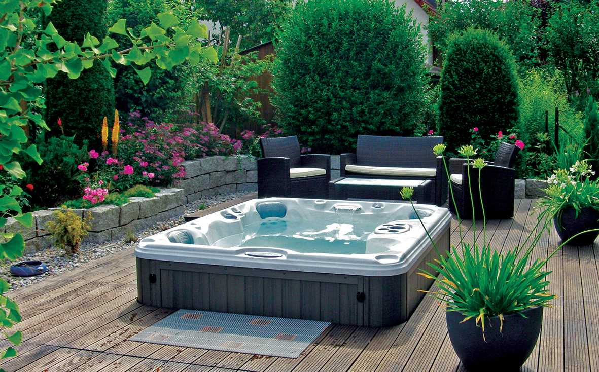 Spa and Pool Store | Hot Tub & Spa Chemicals, Filters, Parts & More