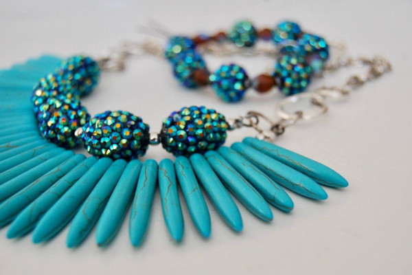 Turquoise Spears with Radiant Blue Crystals Necklace Set