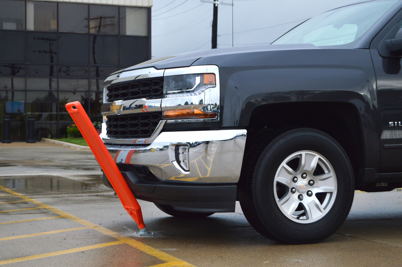 Control Traffic, Save Money with the Flexible Delineator Paddle and Posts
