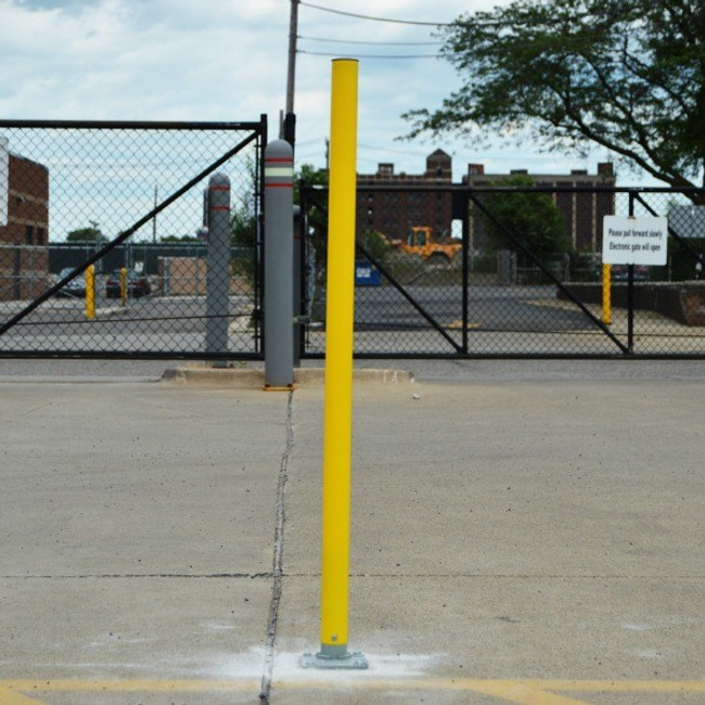 Flexible Products Removable Channelizer Post Bollard