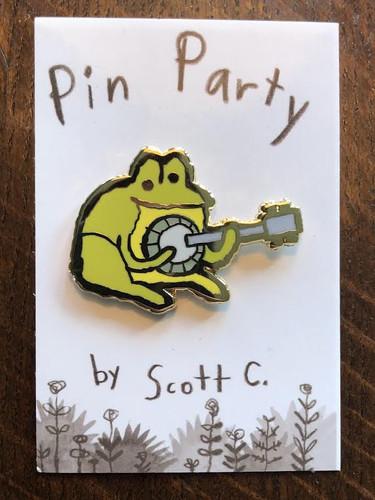 Banjo Frog Pin