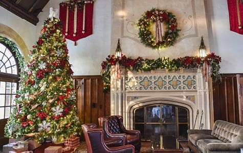Commercial Artificial Christmas Tree in Building Foyer