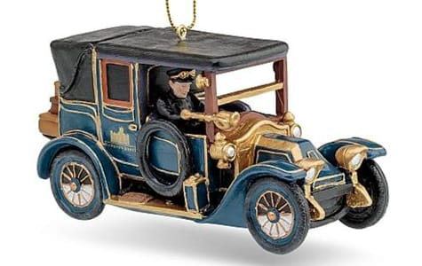 Old Fashioned Car Christmas Ornament