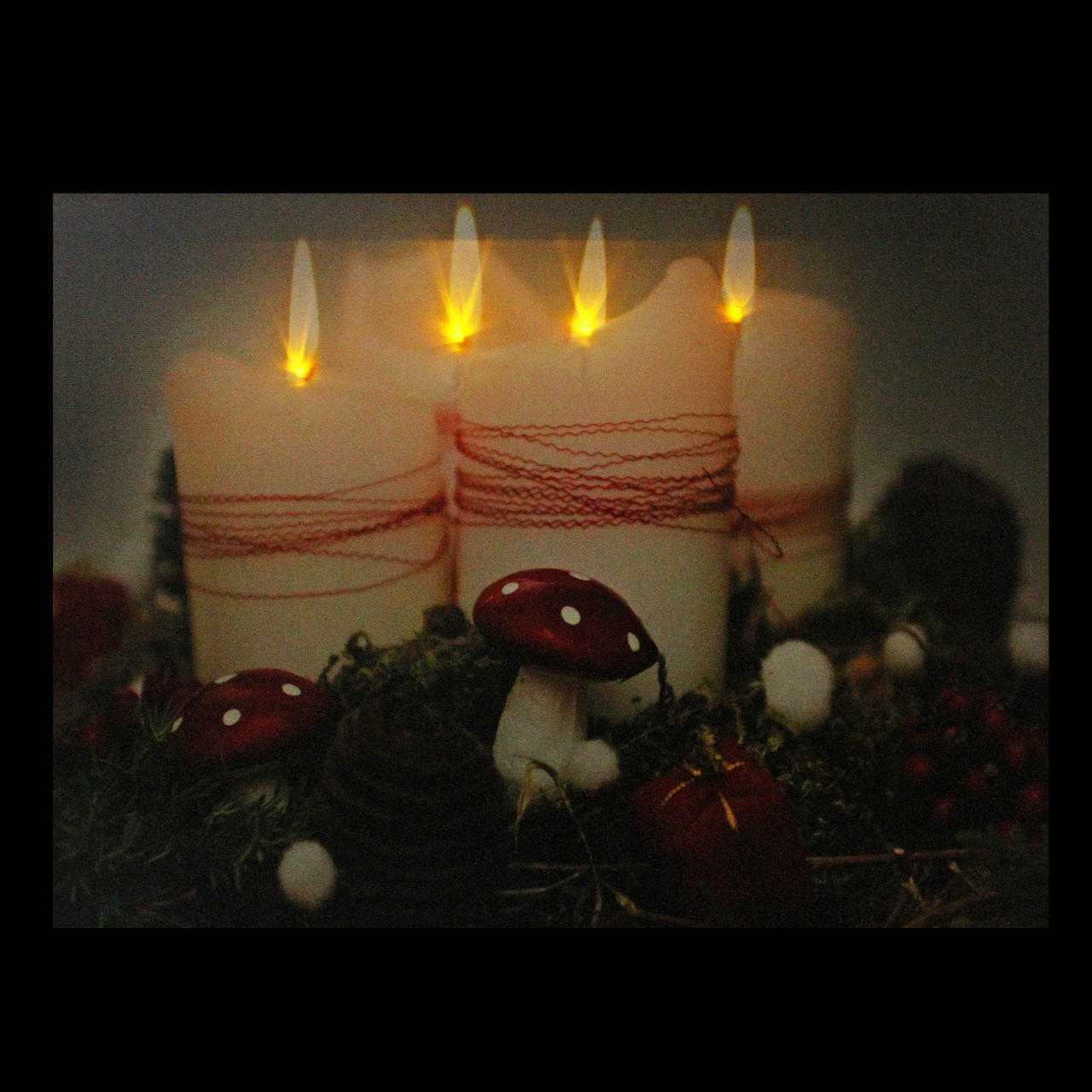 led lighted flickering holiday candles christmas canvas wall art 1175 x 1575 31533448 - Lighted Christmas Wall Decorations