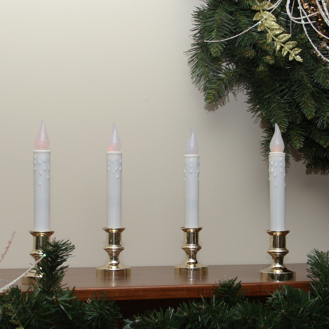 Pack of 4 LED Battery Operated Flickering Window Christmas ...