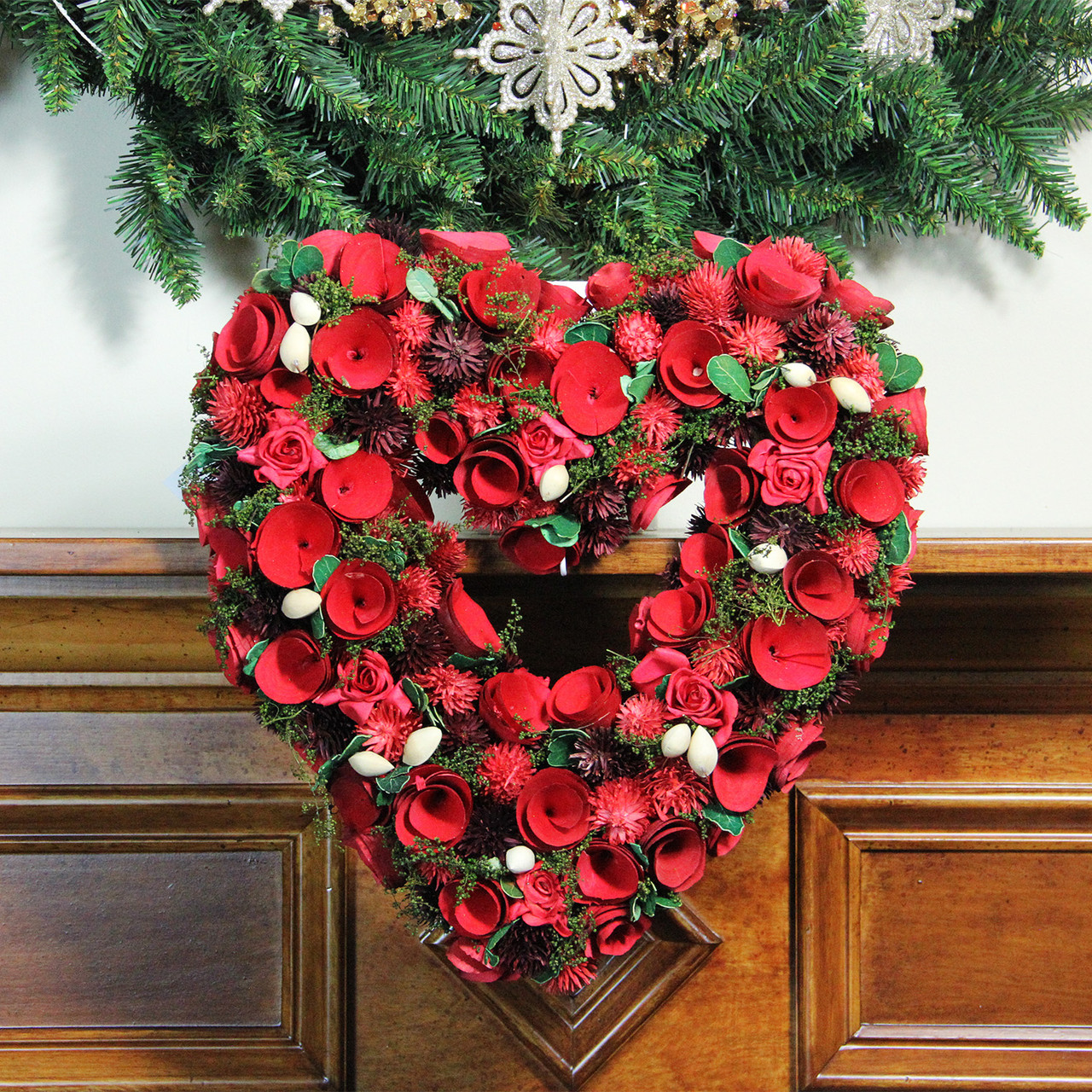 13 5 Red Rose Heart Shaped Artificial Valentine S Day Wreath