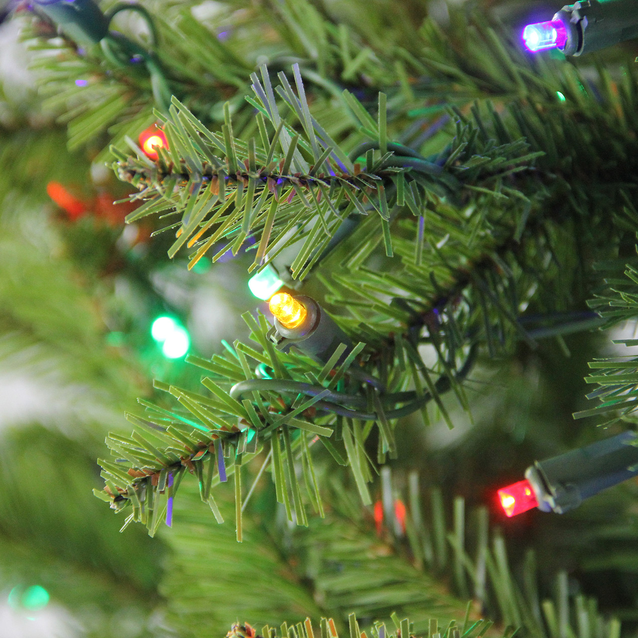 7.5\' Pre-Lit Northern Pine Full Artificial Christmas Tree - Multi ...