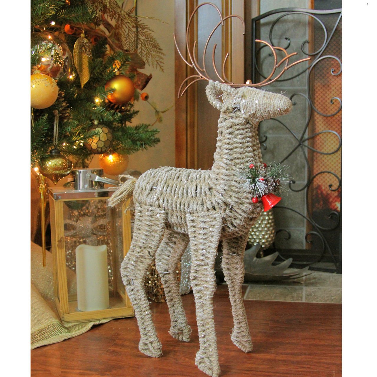 26 reindeer twine and metal christmas decoration 32629098 - Metal Reindeer Christmas Decorations