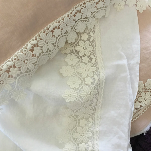 White linen sheet with lace. Two toned pillow cases with lace. 10 cm lace.