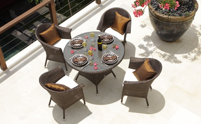 Canberra outdoor table 90cm