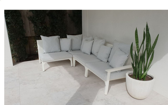 Classique outdoor corner sofa set comprising left arm sofa, corner sofa and 2 x single sofas