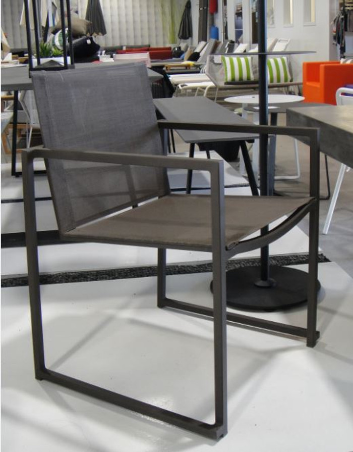 Aroma outdoor dining chair with coffee sling