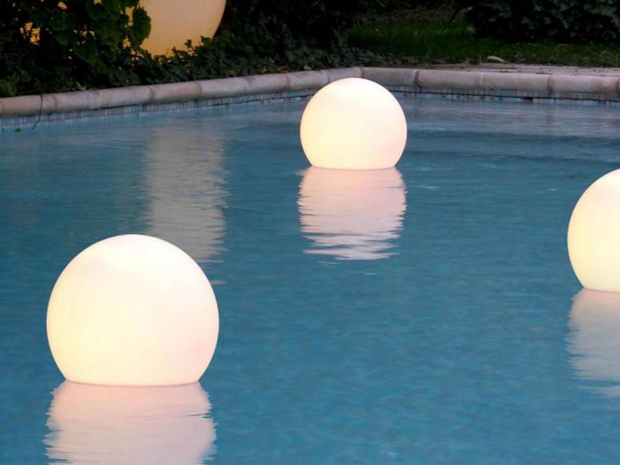 Aquaglobo outdoor swimming pool globe sphere ball light slide aquaglobo pool lights mozeypictures Choice Image