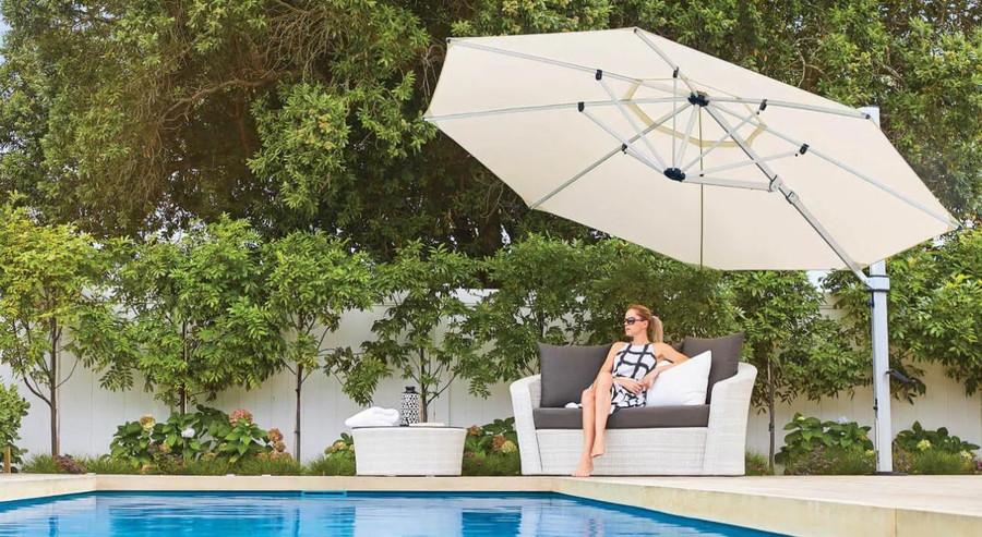 Riviera umbrella in ecru 3.5m ocatgonal