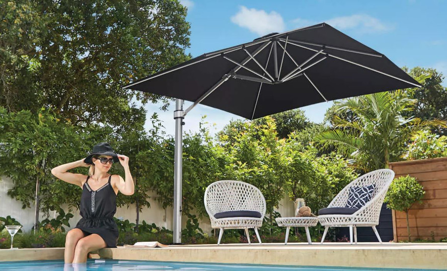 Riviera sqyuare umbrella 3x3m in black