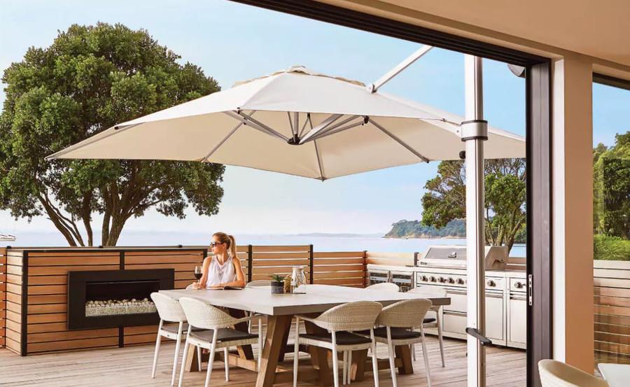 Riviera umbrella in ecru 3x3m square