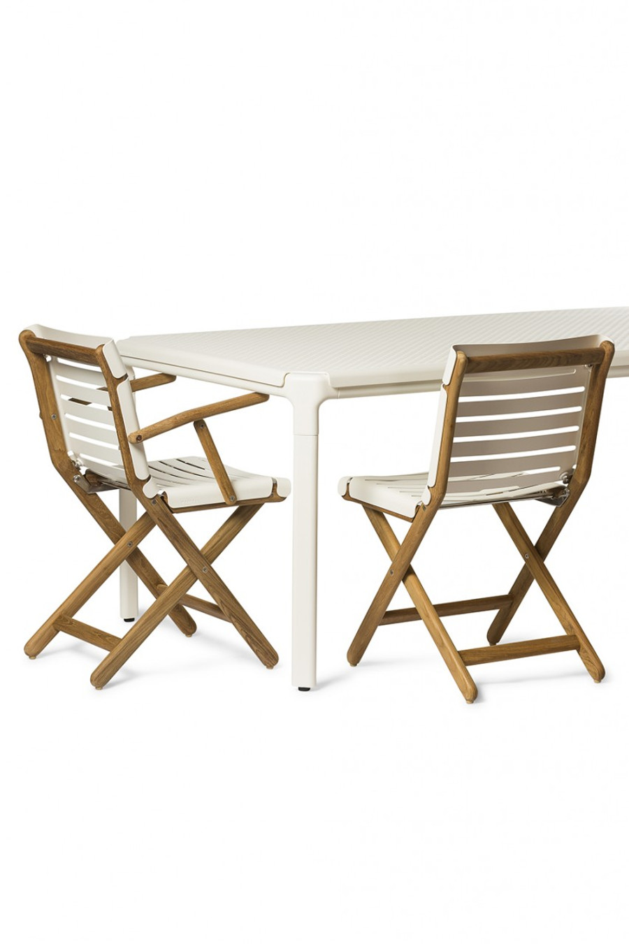 Maiori AT800 series outdoor folding arm chair