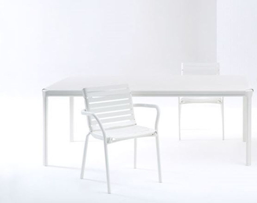 Maiori AT800 series outdoor dining table 201x101