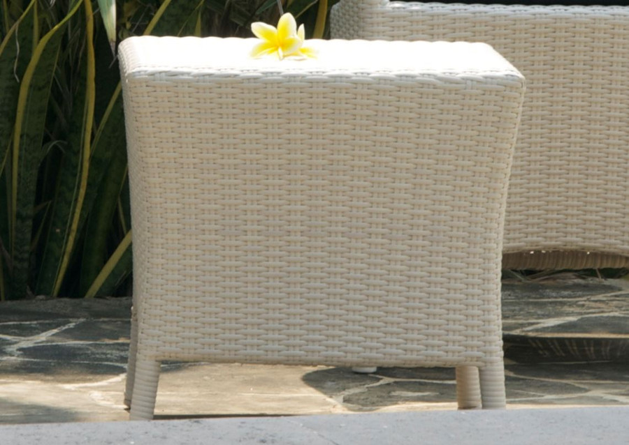 picture illustrative of design only. Different style of wicker is shown.