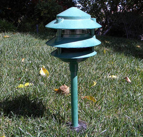 Aluminum 3 Tier Led Pagoda Light Post Aqlighting