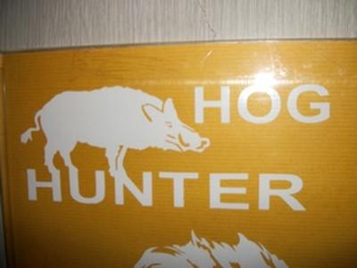 """Hog Hunter"" with Hog Window Decal"