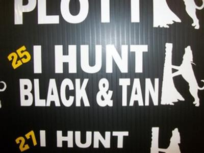 """I Hunt Black & Tan"" Window Decal"