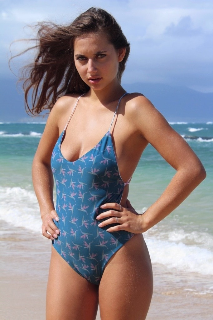 Cali Reversible 1 Pc Custom Made in Hawaii & Choose from 50+ Fabrics F
