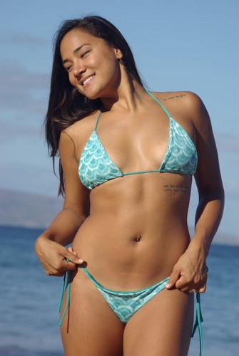 Nanakuli Versatile Triangle Slider Bikini Top Customize Size & Choose from 50+ Fabrics4