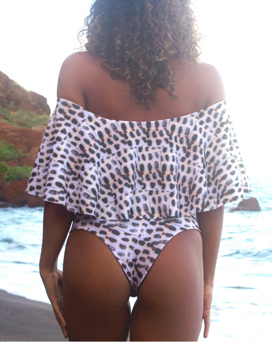 A Lani Kai Reversible Cheeky Brazilian Bikini Bottoms  Choose from 50+ Fabrics3