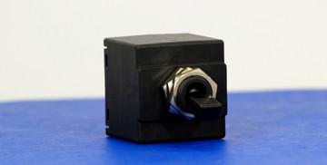 BABC0041 (2Pole, 10A, 65VDC/240VAC, Quick Connect, Series Trip, UL Recognized (UL 1077))