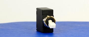 BABC0034 (1 Pole, 20A, 65VDC/240AC, Quick Connect, Series Trip, UL Recognized (UL 1077))