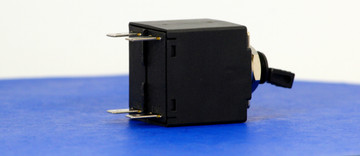 BABC0017 (2 Pole, 5A, 240VAC, Quick Connect, Series Trip, UL Recognized (UL 1077))