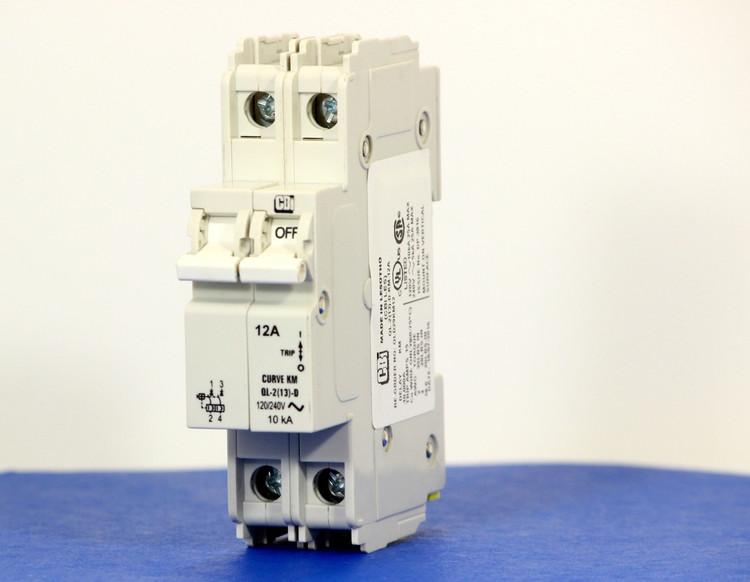 QLD29KM12 (2 Pole, 12A, 120/240VAC; 240VAC, UL Listed (UL 489))