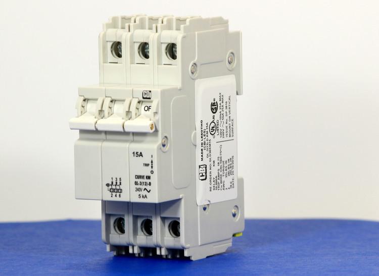 QLD38KM15 (3 Pole, 15A, 120/240VAC; 240VAC, UL Listed (UL 489))