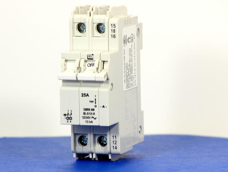 QLD29KM25X001 (2 Pole, 24A, 120/240VAC; 240VAC, UL Listed (UL 489))