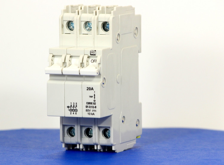QYD39U220B0 (3 Pole, 20A, 80VDC, UL Listed (UL 489))