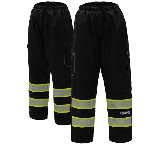 The perfect insulated pant to keep you warm with the strength of 300 denier ripstop fabric to hold snags and tears in their tracks. Enjoy a product that repels water, and stains with the addition of the Teflon shield for a product that is designed to look newer for longer and get you your moneys worth.