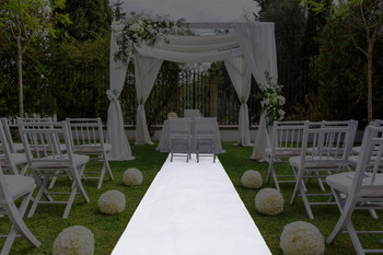 "30""W Solid Polyester Aisle Runner"