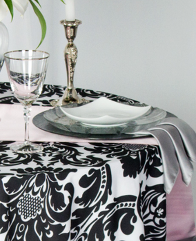 Alterio Black & White Damask Tablecloth Linen