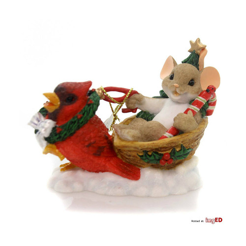 Charming Tails - Mouse in Sleigh with Cardinal
