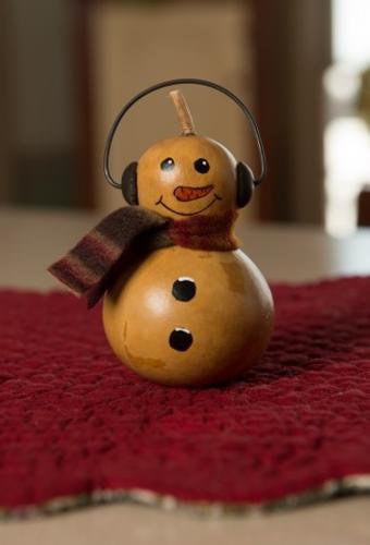 Meadowbrooke Gourds- Small Winter Kolden Girl