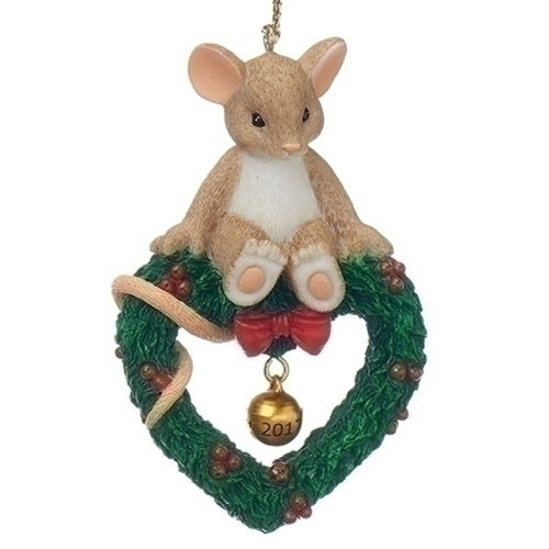 Charming Tails Mouse on Wreath Ornament Dated 2017