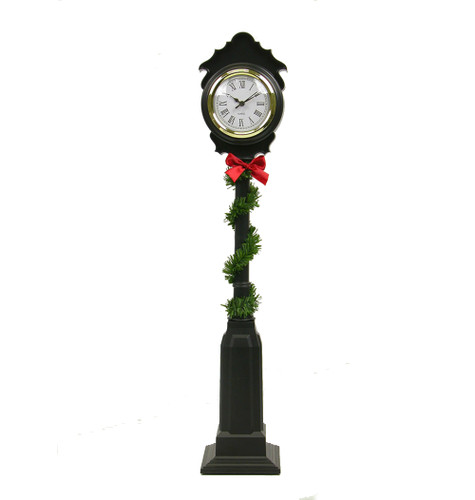 Byers' Choice - Street Clock