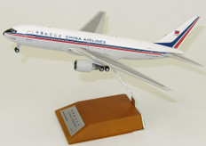 JC WINGS CHINA AIRLINES B767-200 B-1838 OLD COLOUR WITH STAND SCALE 1/200