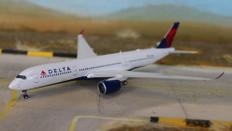Gemini Jets DELTA Airbus A350-900 N502DN Scale 1/400 GJDAL1724