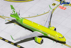 Gemini Jets S7 Airlines Airbus A320 VQ-BCF Scale 1/400 GJSBI1699