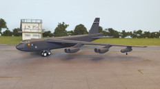 Corgi B-52H Stratofortress 7th BW Air Command, 1990 Scale 1/144 US33508